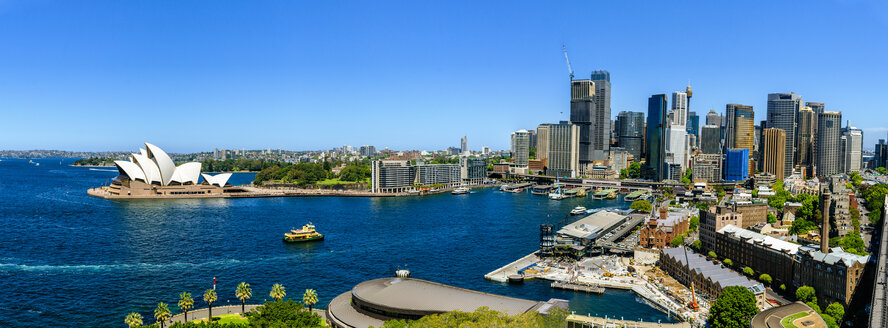 Australia, New South Wales, Sydney, Sydney skyline on a sunny day - KIJF02332