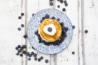 Pancakes with blueberries and greek yogurt, with almond flour, ketogenic diet - LVF07845