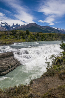 Chile, Patagonia, Torres del Paine National Park, Rio Paine waterfalls - RUNF01498