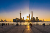 The Bund and Pudong skyline at sunrise, Shanghai, China - CUF49811