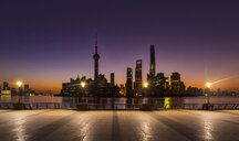 The Bund and Pudong skyline at dawn, Shanghai, China - CUF49814