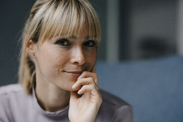 Portrait of a beautiful blond woman, smiling - JOSF03268