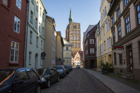 Germany, Mecklenburg-Western Pomerania, Stralsund, Old town, St. Nicholas' Church - MAMF00498