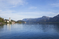 Austria, Alps, Salzburg, Salzkammergut, Salzburger Land, St. Wolfgang at Wolfgangsee - GWF06000