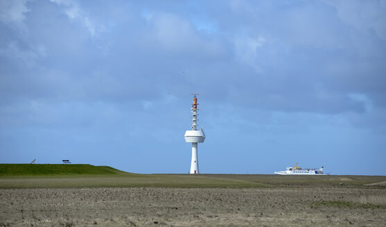 Germany, Lower Saxony, North Sea, Hamburg Wadden Sea National Park, Neuwerk, salt meadow, radar tower - BFRF01986