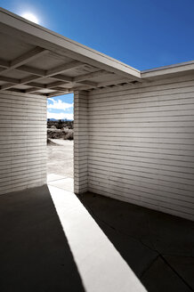 Courtyard Entry With Sunlight - MINF10582