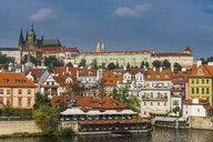 Czech Republic, Prague, view on the castle of Prague and the Vltava - RUNF01511