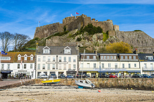 United Kingdom, Channel islands, Jersey, the town of Mont Orgueil and its castle - RUN01564