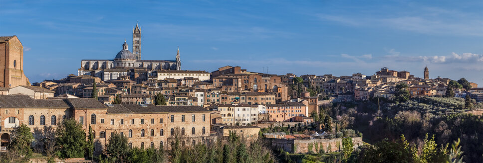 Italy, Tuscany, Siena, Basilica di San Domenico left, Siena Cathedral, University of Siena right - LAF02241