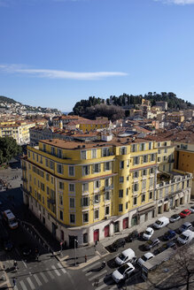 France, Nice, view to the old town from above - HL01152