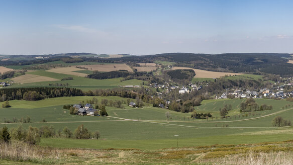 Germany, Saxony, panoramic view from the Schwartenbergbaude in the Ore Mountains - MELF00200