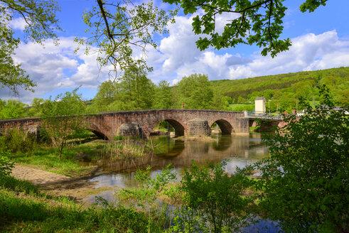 Saalebrücke, Wolfsmünster an der fränkischen Saale, Gräfendorf, Unterfranken, Franken, Bayern, Deutschland - LBF02466
