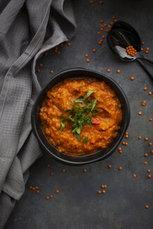 Red lentil soup with coriander - LVF07898