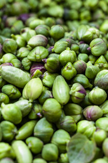Capers, close-up - EGBF00264
