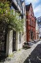 Germany, Bremen, Schnoor quarter, alley - RUNF01610