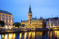 Germany, Hamburg, City Hall with Inner Alster Lake - PUF01388