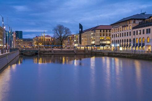 Sweden, Gothenburg, city center with Brunnsparken, John Scott's Palace and Arkaden Galleria - TAMF01192
