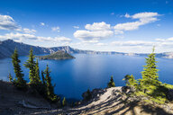 USA, Oregon, Klamath County, The caldera of the Crater lake National Park - RUNF01682