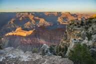 USA, Arizona, sunset over Grand Canyon - RUNF01717