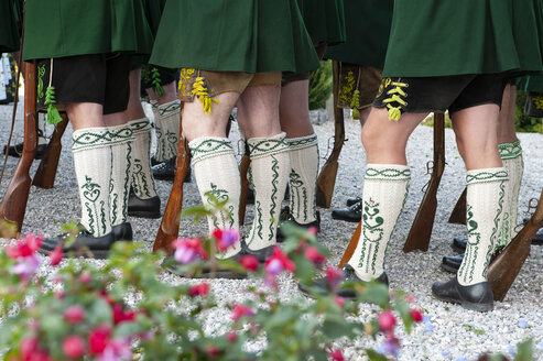 Corpus Christi procession, Riflemans, traditional costumes, woolen socks and guns - LHF00631