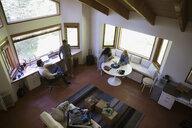Couples talking in cabin - HEROF34364