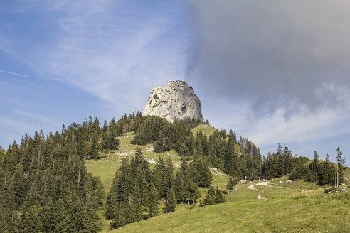 Kampenwand, Wolken, Chiemgauer Alpen, Bayern, Deutschland - MAMF00509