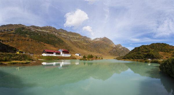 Austria, Tyrol, Paznaun Valley, Galtuer, Zeinissee - WWF04926