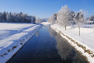Germany, Bavaria, Upper Bavaria, Alpine foothills, Loisach Isar Canal in winter - SIEF08549