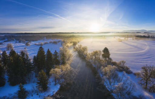 Germany, Bavaria, sunrise at Loisach river near Eurasburg in winter, aerial view - SIEF08551
