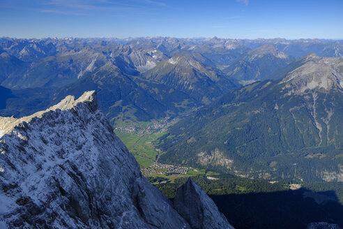Germany, Bavaria, Alps, view from Zugspitze above the Zugspitzeck  to Ehrwalder Becken - LBF02533