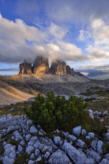 Italy, Sexten Dolomites, Tre Cime di Lavaredo, Nature Park Tre Cime, Unesco World Heritage Natural Site - RUEF02154