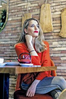 Sevilla, Spain, woman, coffee shop, fall - ERRF01143