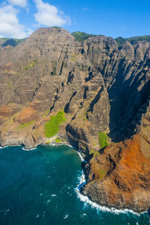 Aerial of the rugged Napali coast, Kauai, Hawaii - RUNF01839