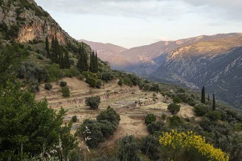 Greece, Delphi, tholos in the sanctuary of Athena Pronaia - MAMF00543