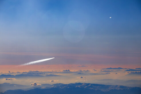 Airplane above the clouds - NDF00924