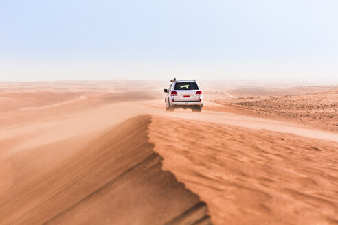 Sultanate Of Oman, Wahiba Sands, Dune bashing in an SUV - WVF01340
