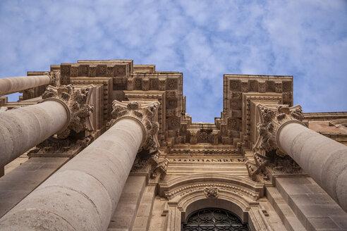 Dom Santa Maria delle Colonne, Kathedrale von Syrakus, Dom von Syrakus, errichtet auf einem Athenatempel, Insel Ortygia, Syrakus, UNESCO-Weltkulturerbe, Provinz Syrakus, Sizilien, Italien - MAMF00574