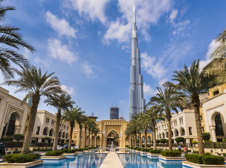 United Arab Emirates, Dubai, Burj Khalifa and Souq Al Bahar - HSIF00484