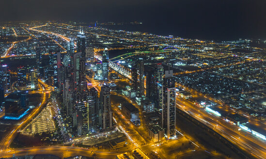 United Arab Emirates, Dubai, Sheikh Zayed Road at night - HSIF00499