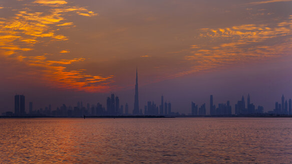 United Arab Emirates, UAE, Dubai, Dubai Skyline - HSIF00505