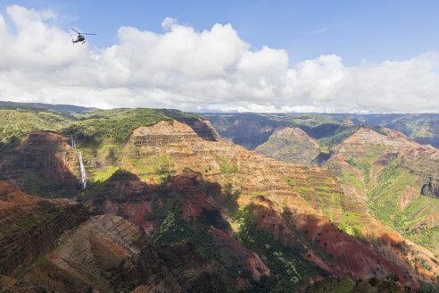 USA, Hawaii, Kauai, Waimea Canyon State Park, view over Waimea Canyon - FOF10725