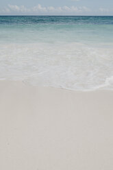 Mexico, Quintana Roo, Tulum, shallow water and beach - LHPF00672