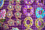 Festive Christmas cookies with multicolor icing - BLEF00783