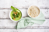 Green thai curry with spinach, pak choi, tofu, coriander and jasmine rice - LVF07982