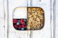 Box with granola, greek yogurt, blueberries and raspberries - LVF07990