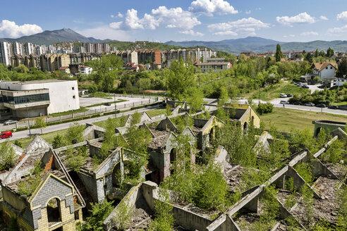 Bosnia-Herzegovina, Sarajevo, Shelled building - FPF00226