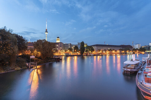 Germany, Berlin, view to skyline with television tower at twilight - TAMF01375