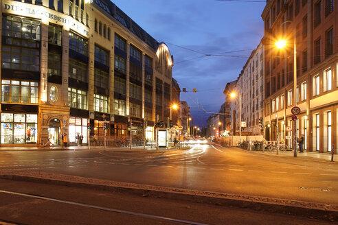 Hackescher Markt at night - TAMF01417