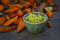 Sweet potato wedges with avocado dip and fleur de sel - LVF08014