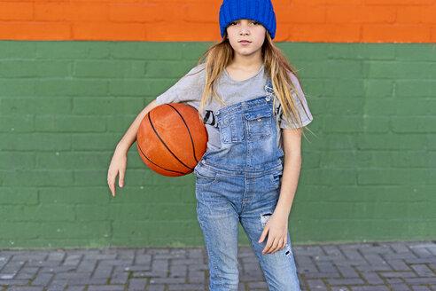 Young girl with basketball - ERRF01239